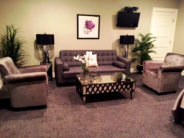 Another shot of the sitting area at the Culpeper Center's Studio Suite.
